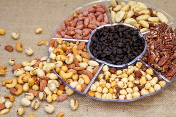 מגש אירוח גדול, פיצוחים קלויים  - GO NUTS פיצוחי בריאות