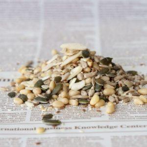 תערובת זרעים טבעית 200 גרם